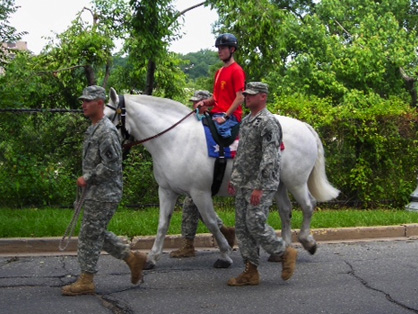 $10,000 Challenge Grant Will Support Research on Equine Programs Serving Veterans With PTSD/TBI