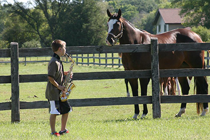 11-Year-Old Saxophone Player Finds an Unlikely Fan