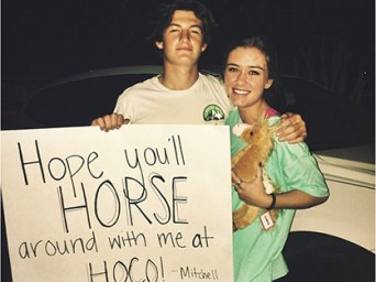 EC Feel Good Story of the Week: Horse-Themed Homecoming Invitation