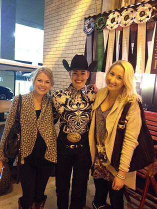 Around the Rings at 2014 AQHA and APHA World Show – Monday with the G-Man