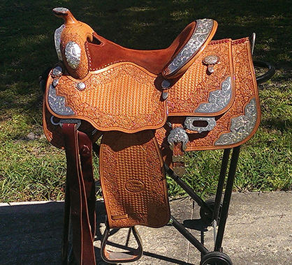 Bidding Closes Tonight Jan 20th On First Pro Horse Services Online Tack Auction Equine Chronicle
