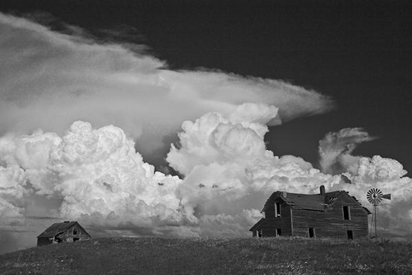 South Dakota farmhouse