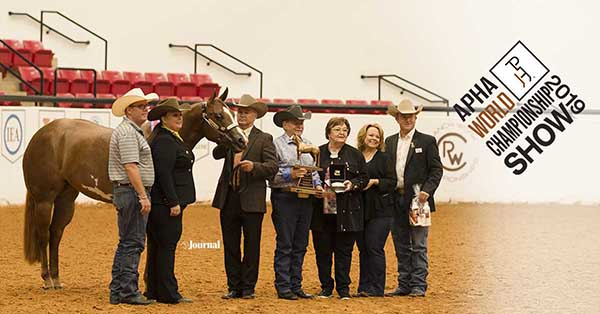 Shes Stylish Presented with Scarlet Print Award at APHA World Show