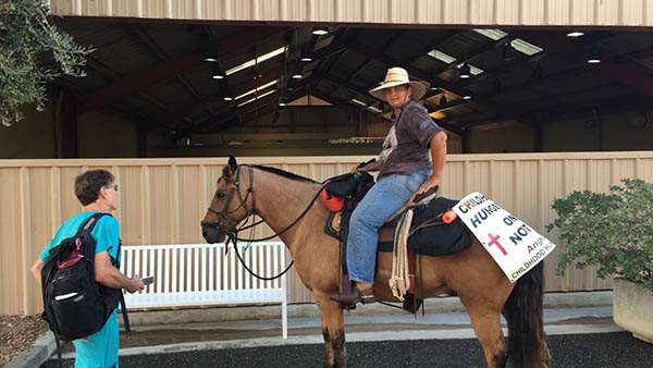 American Quarter Horse on Cross Country Trek to Raise Awareness For Childhood Hunger