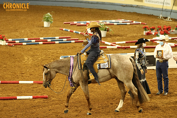 Klair Merrell and Lenora Roberts Win Trail Classes at AQHA Youth World Show
