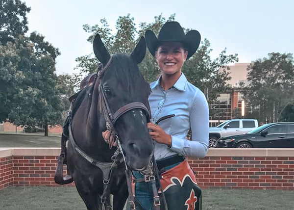 Former AQHA Youth World Champion, Harley Huff, Named OSU Spirit Rider