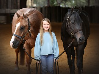 AQHA World and Congress Champion, HF Tahnee Too, Finds New Partner in 11-Year-Old Maisy Ewing